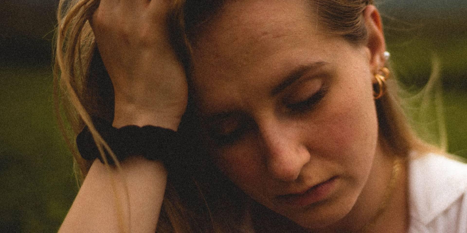 woman stressed about custody battle